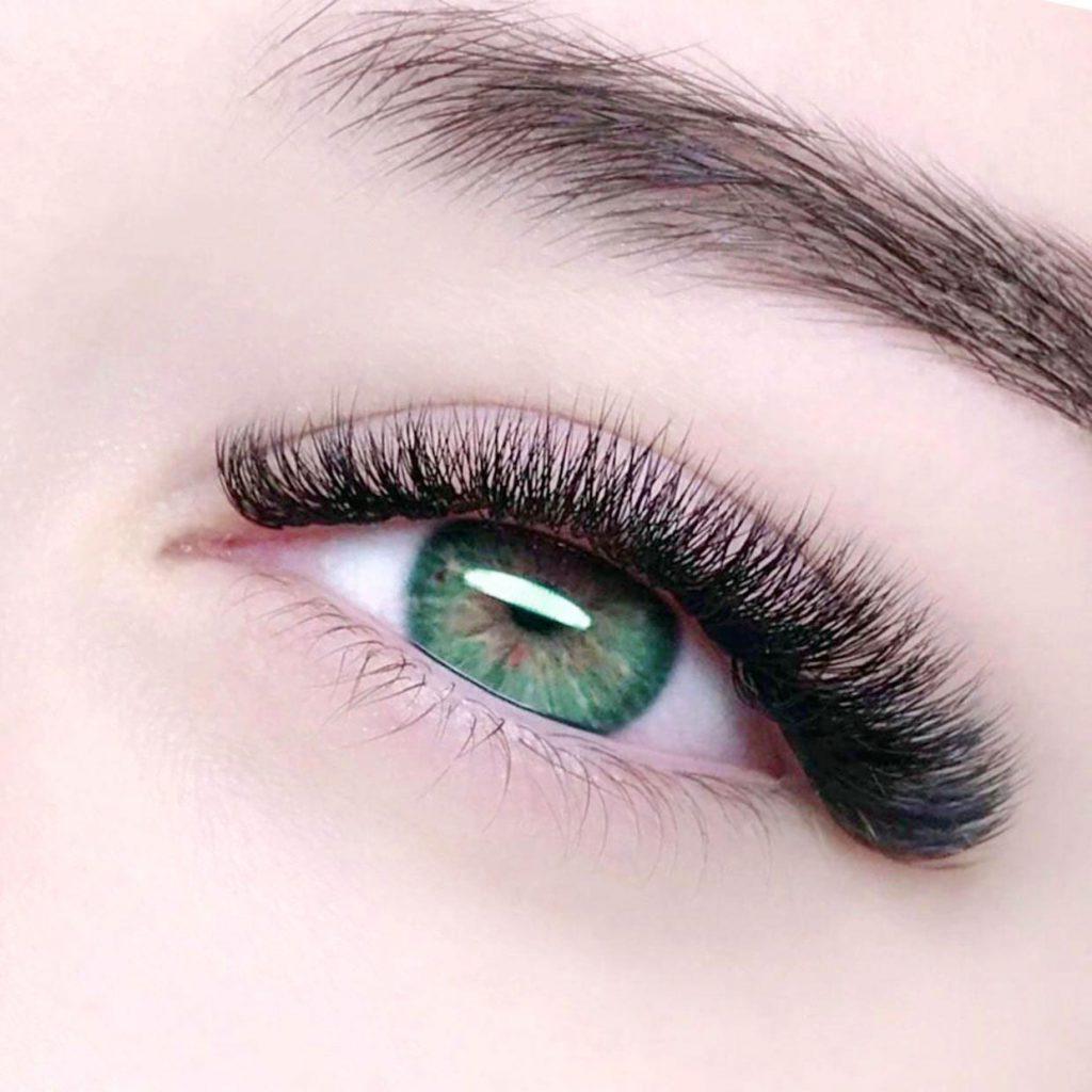 Logan Eyelash Extensions 6D Style